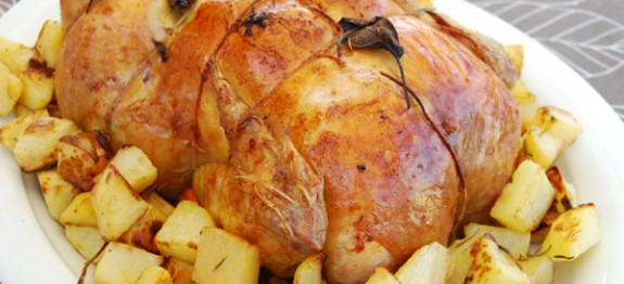 Roasted chicken stuffed with chestnuts